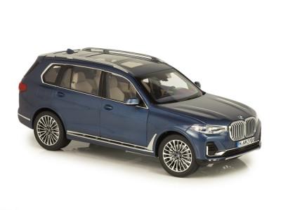 BMW мини-модель X7 1:18